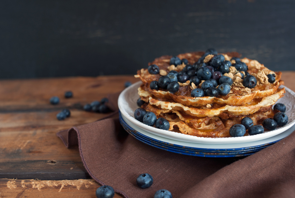 blueberry_waffles_cake_food_photography_2.jpg
