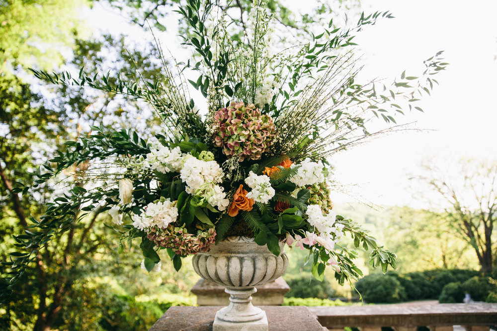 Cheekwood wedding in Nashville, TN. Wedding planned & designed by Big Events Wedding.