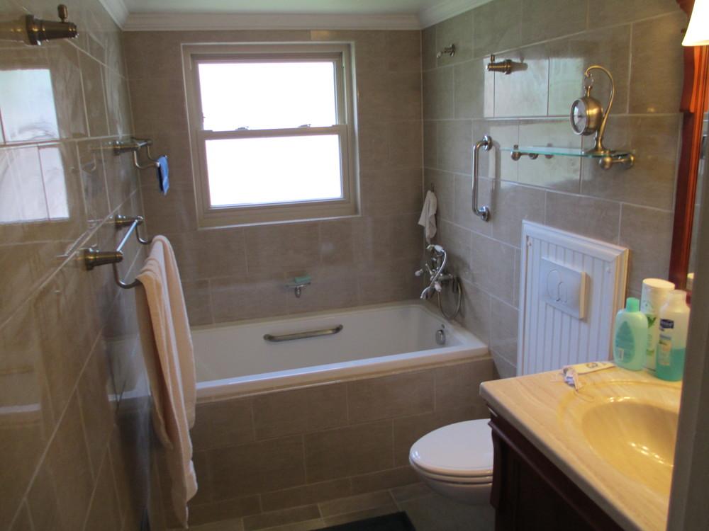 Oakley Bathroom Tile