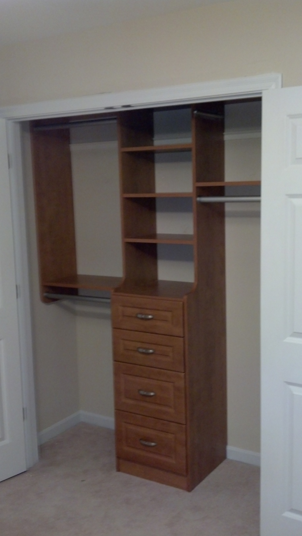 Fort Mitchell Closet Cabinets Install