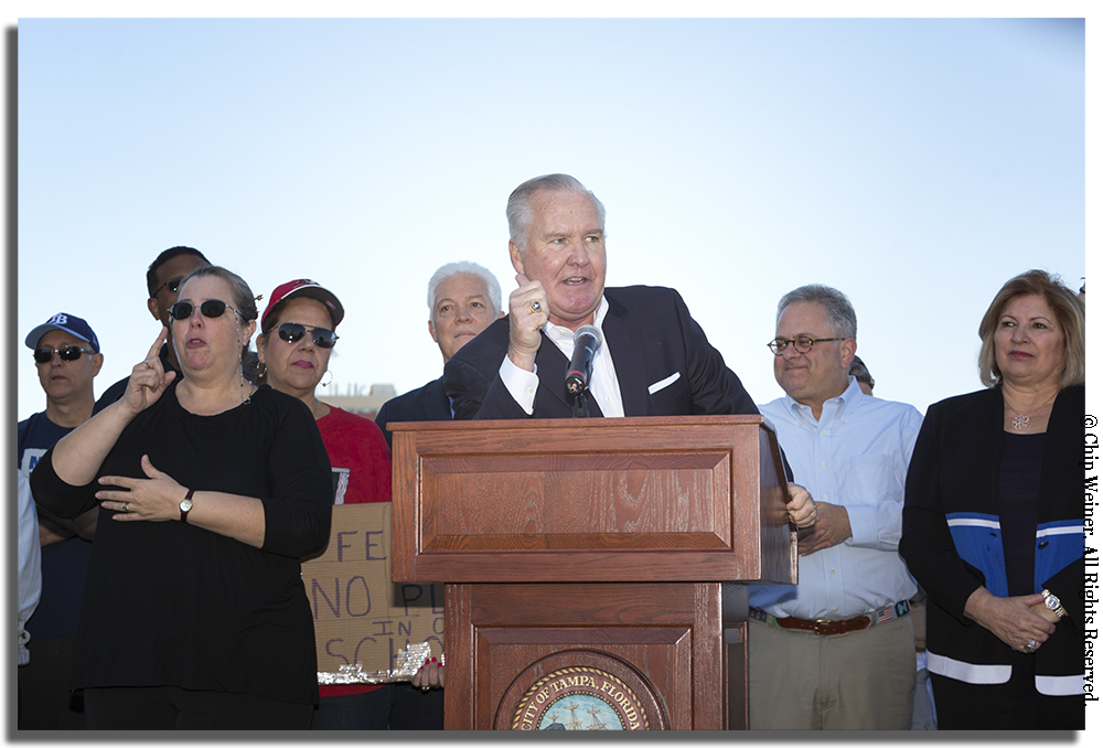 Buckhorn's impassioned message brought the crowd to deafening cheers.