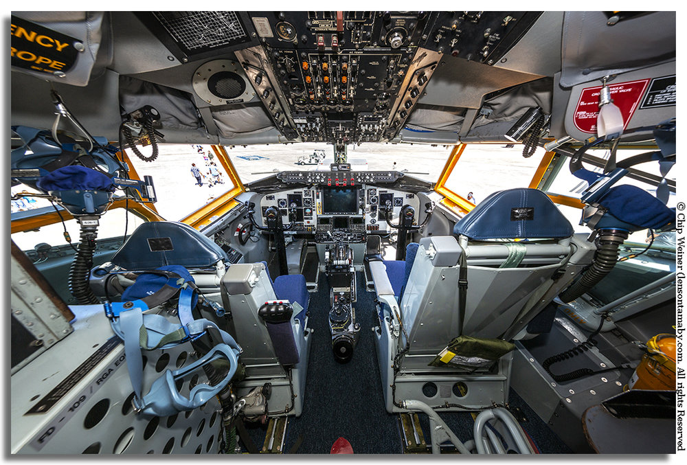 KC-135 Stratotanker cockpit