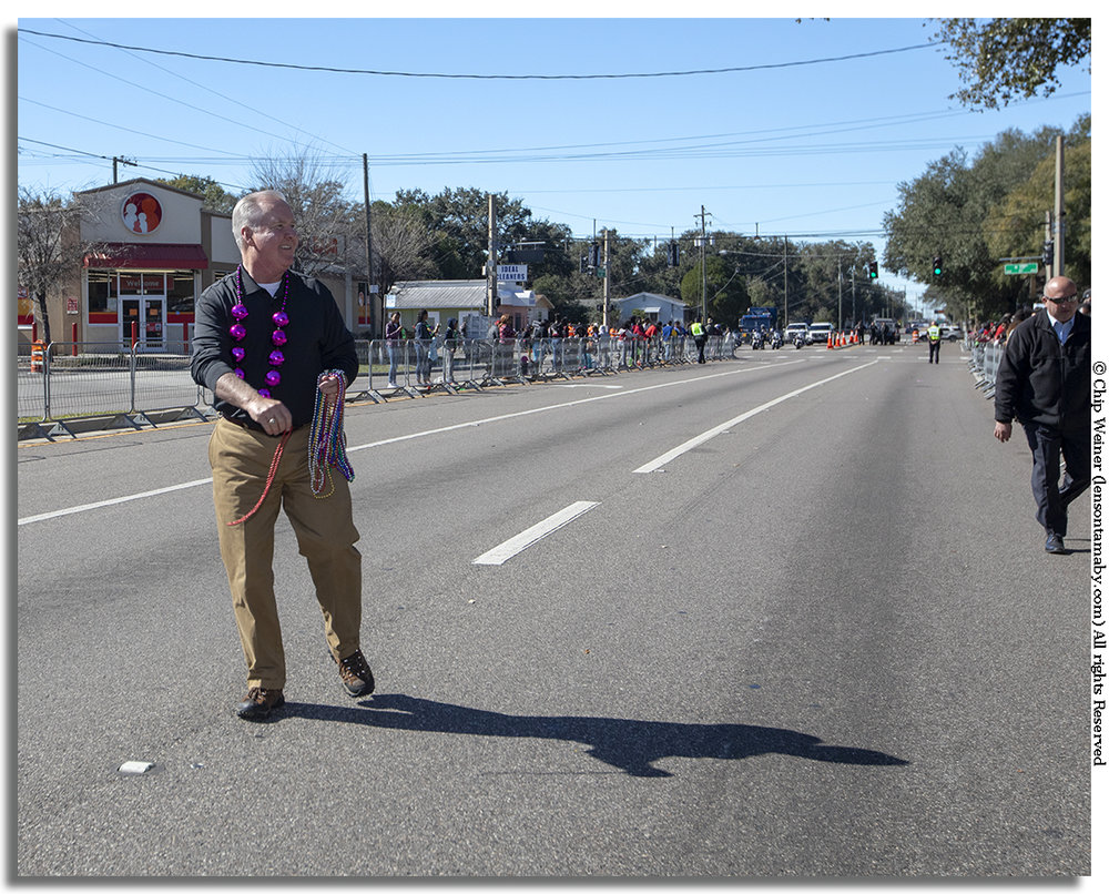 Speaking of Tampa mayors, Bob Buckhorn has had eight years to get his bead throwing arm in shape.