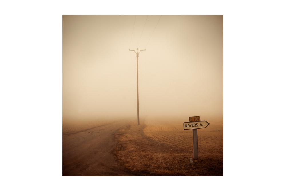 Noyers-Fog-Sign.jpg