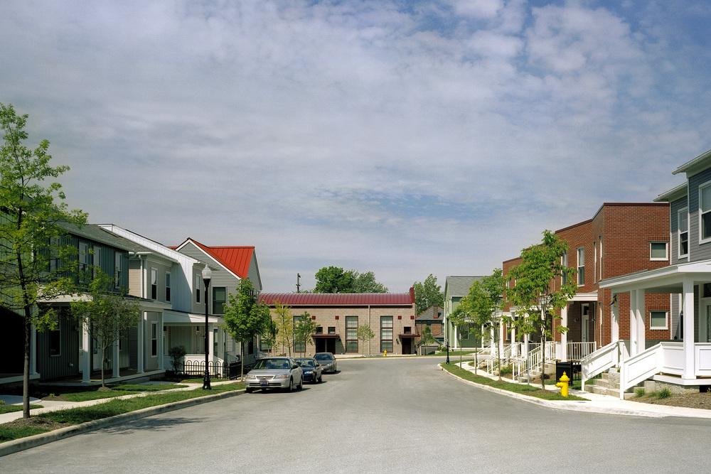 5AIA-HUD Neighborhood looking west-feinknopf.jpg