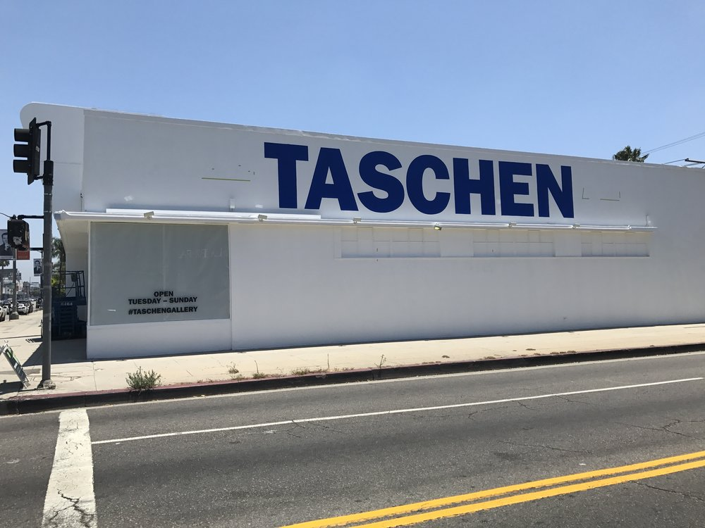 TASCHEN Exterior between shows