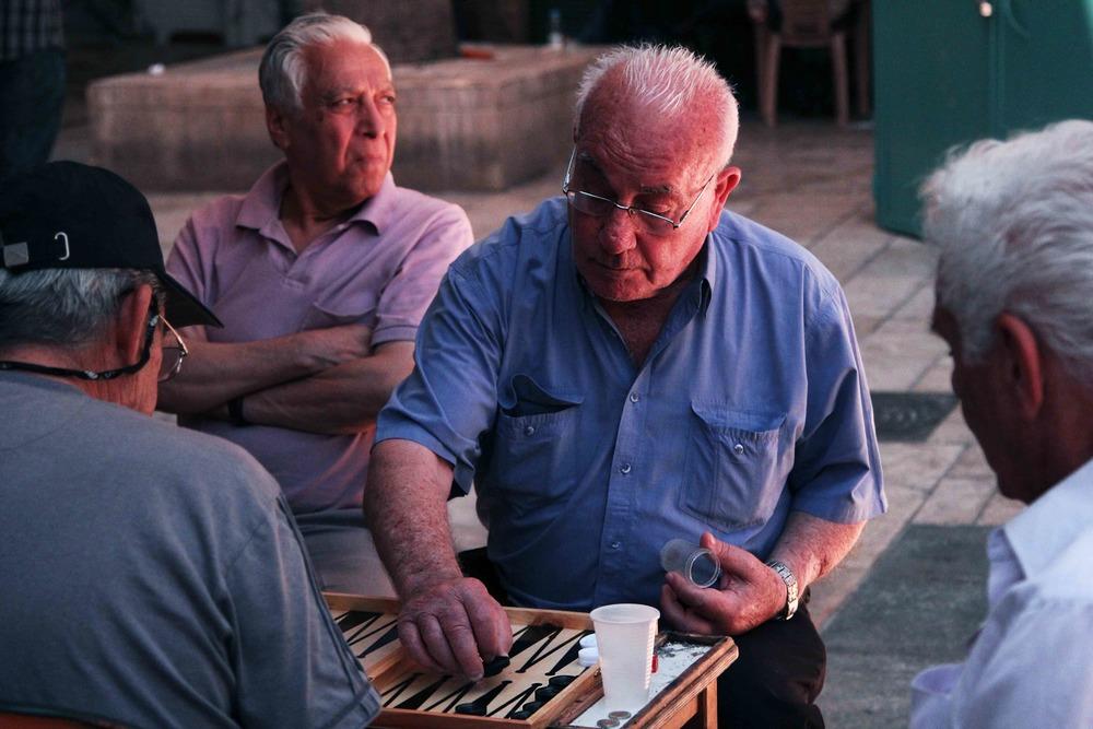 man playing bacgammon.jpg