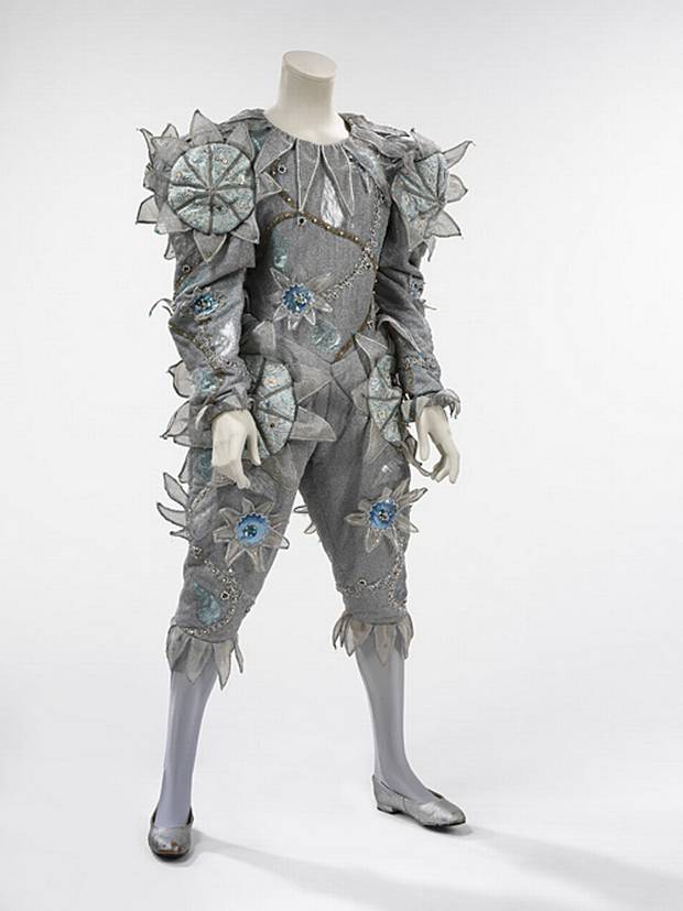 Pierrot-costume.jpg