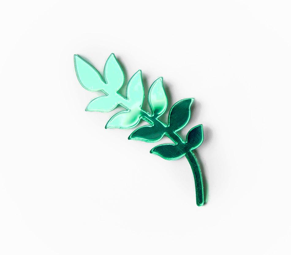 """broche brooch - plexiglas plexi vert - feuille végétaux - """"made in france"""" fabriqué en France"""