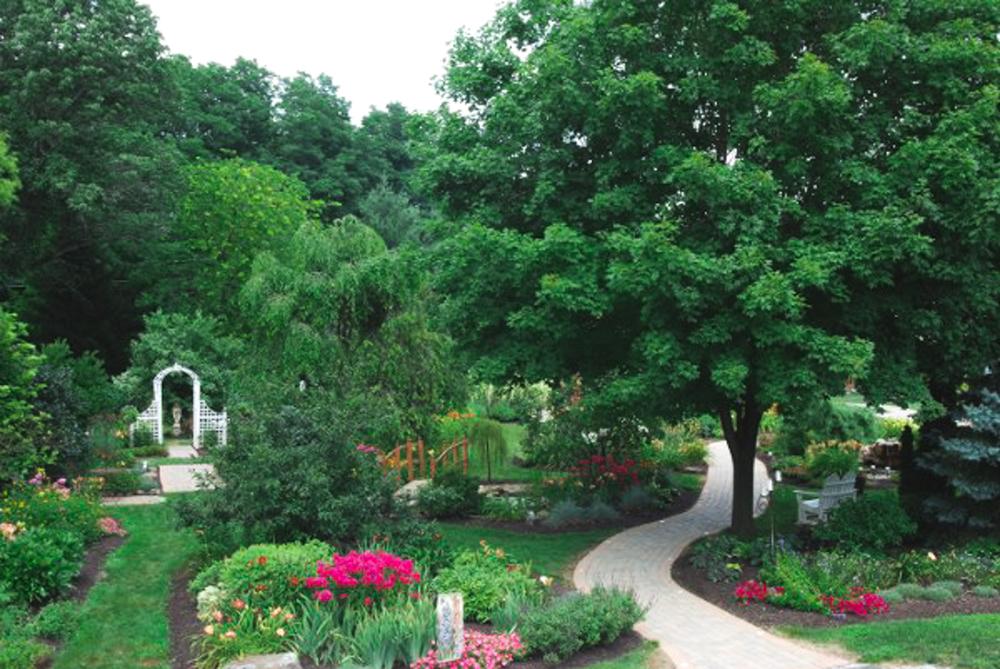 Honey & Salt Blog Avon Gardens-.jpg