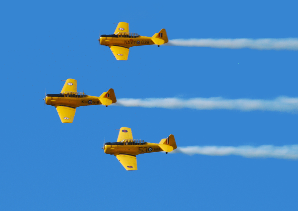 Canadian Harvard Aerobatic Team over Gatineau, 2013
