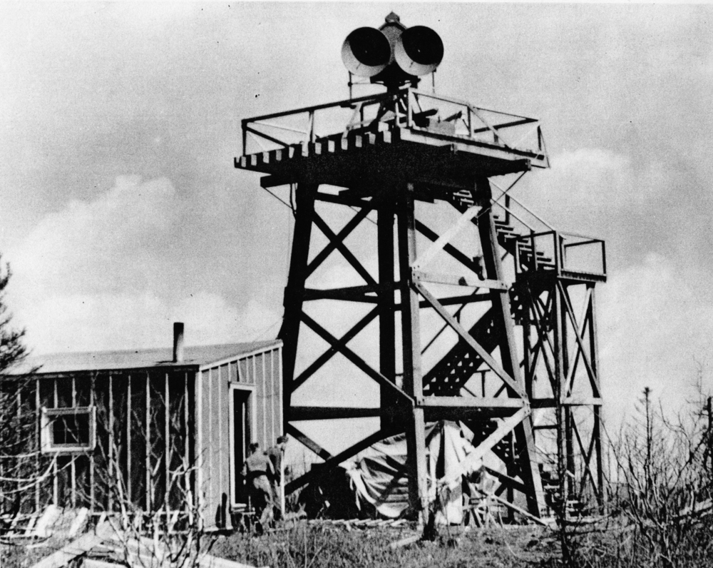 Coast Defence Gun Laying Radar, c.1942