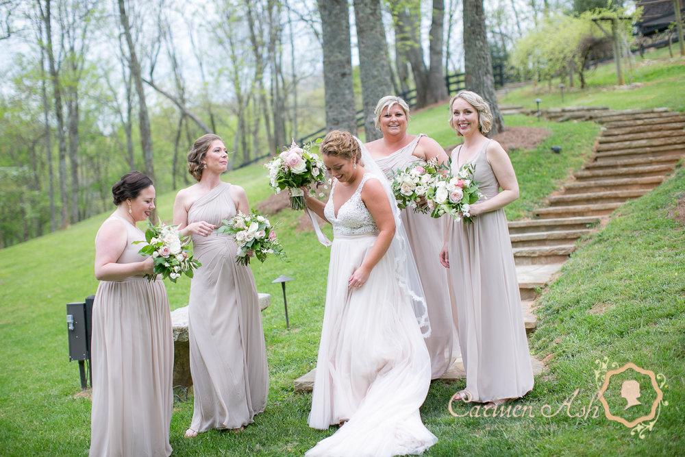 0404-Rodgers-Wedding-Carmen-Ash-vineyard.jpg