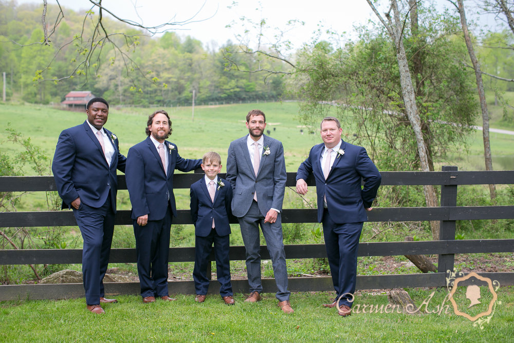 0451-Rodgers-Wedding-Carmen-Ash-vineyard.jpg