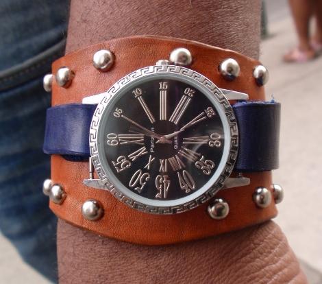 silverbluetanwatchbandbg.JPG