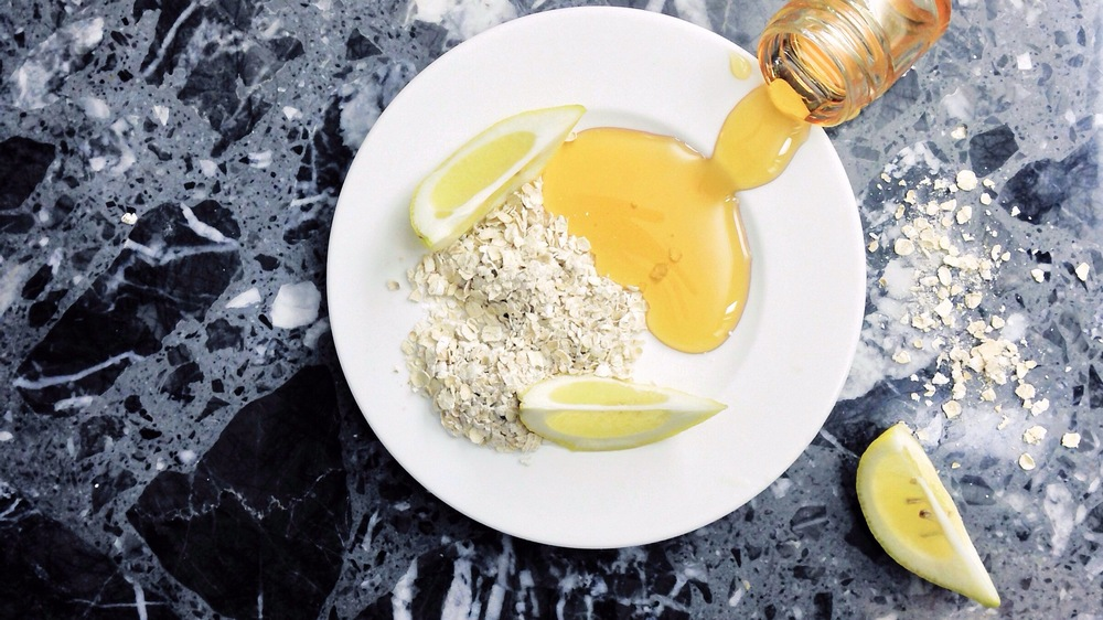 Honey_Oat_Lemon_Mask.JPG