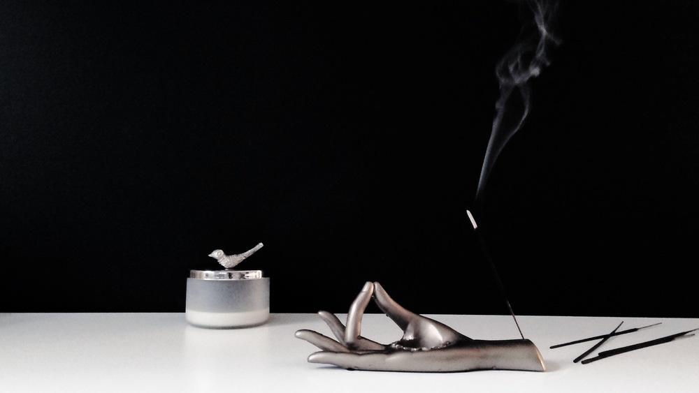 Incense_Burning_Sandalwood_Rose.JPG