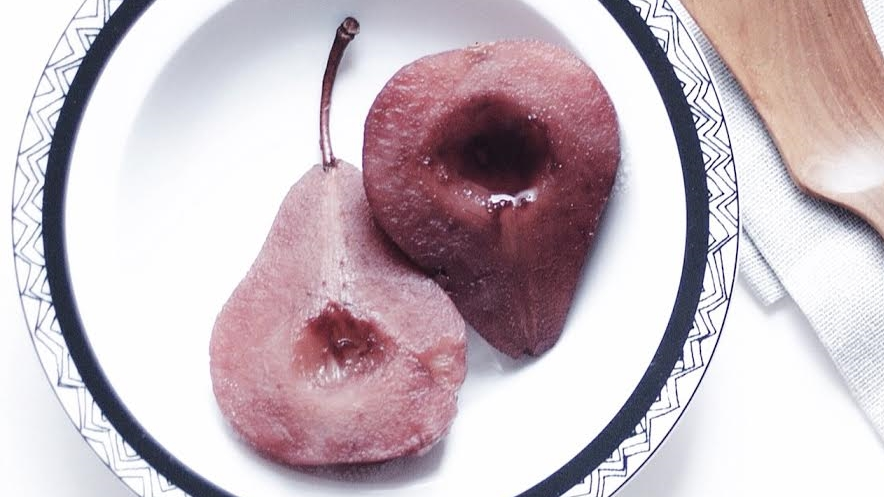 red wine poached pears_good living is glam.jpg