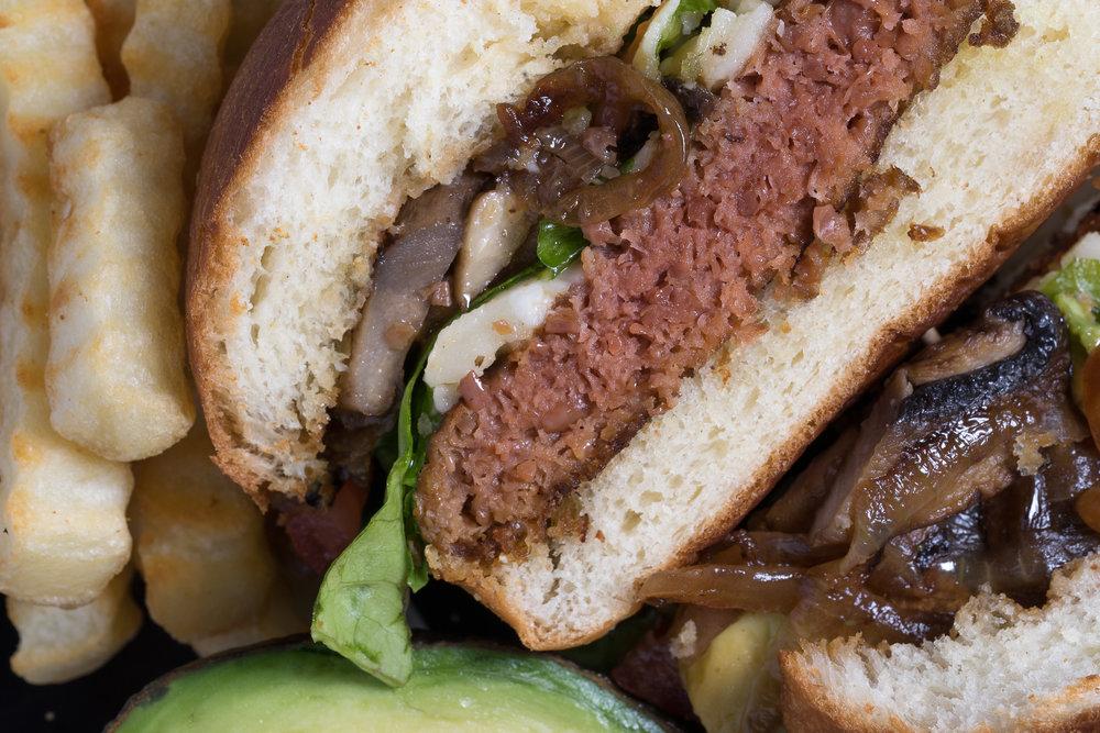 Beyond meat burger-1.jpg