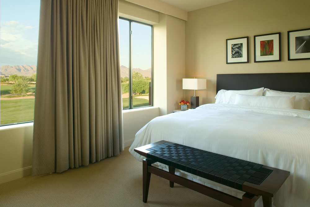 Westin_Kierland_Resort_Scottsdale_Bedroom.jpg