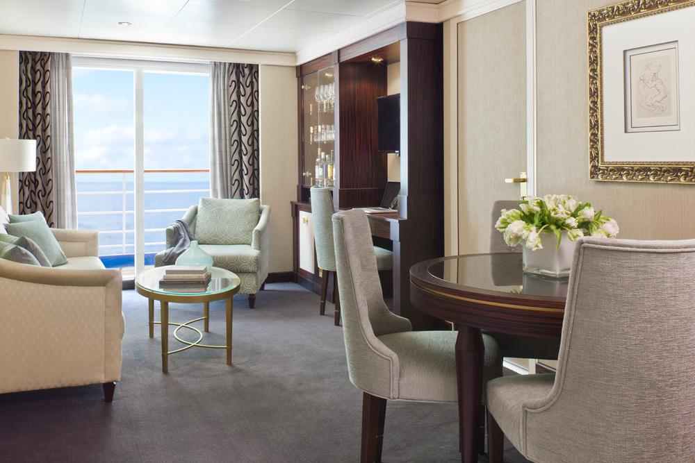 Regent_Cruise_Lines_Grand_Suite.jpg
