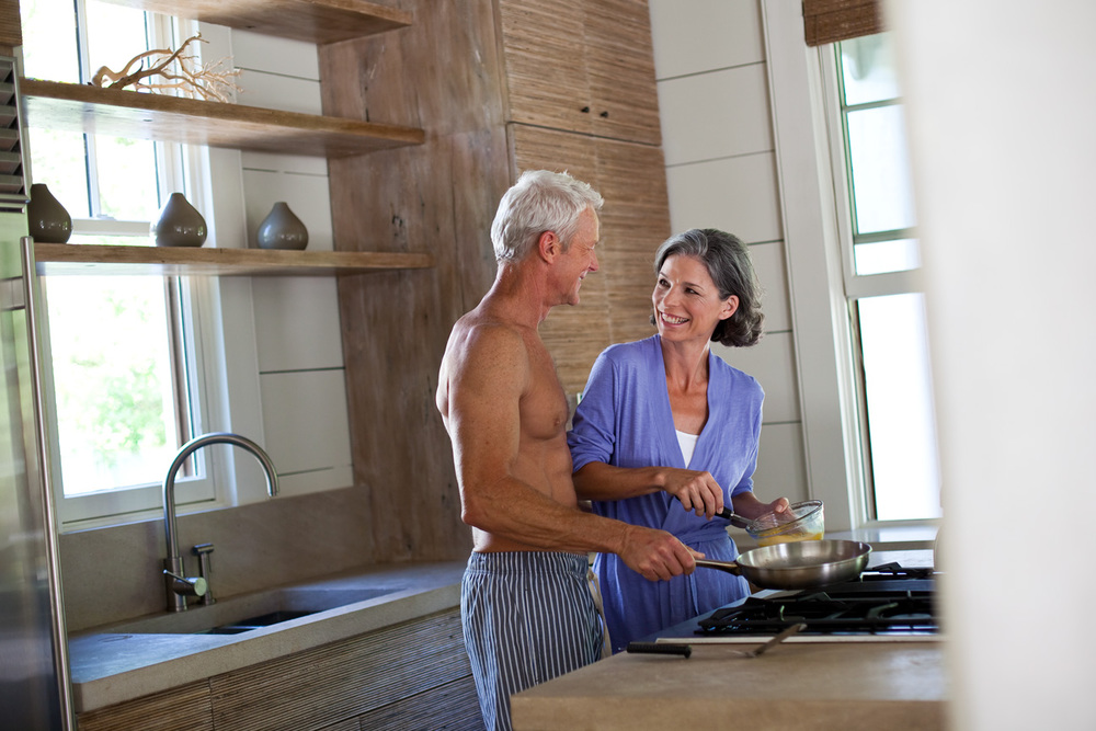 Couple_Cooking_Breakfast_Kitchen.jpg