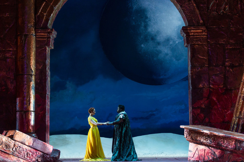 Megan Samarin as Marzia and John Holiday as Caesar in The Glimmerglass Festival's 2015 production of Vivaldi's  Cato in Utica .