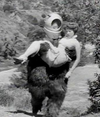HALLOWEEN Robot Monster Film (797).jpg