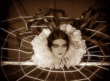 Halloween Spider Lady (955D).jpg