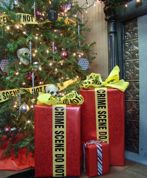 Christmas LAW & ORDER (1104).jpg