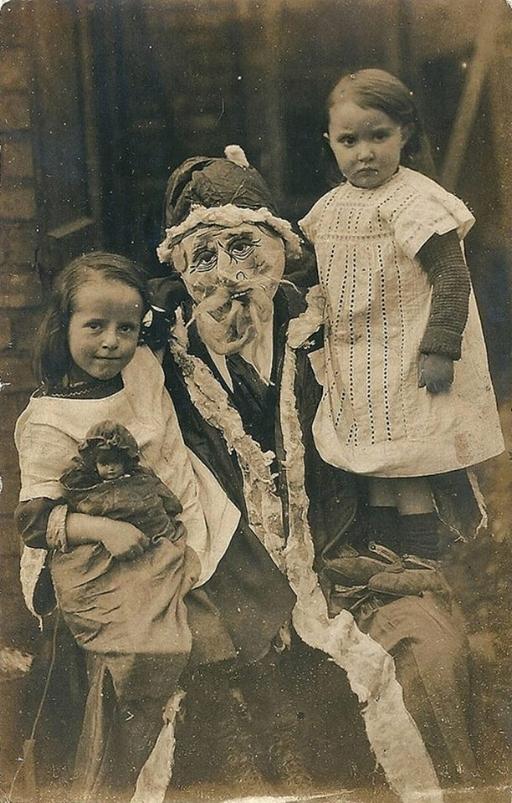 Christmas Melted Santa (1082) 2.jpg