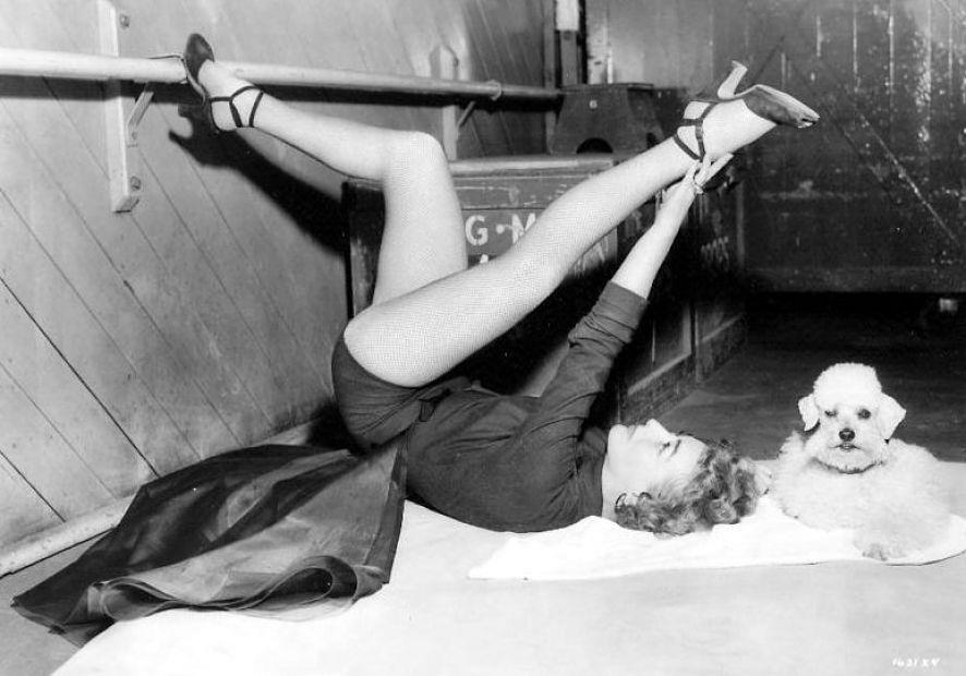Joan Crawford Bendy (441M).jpg