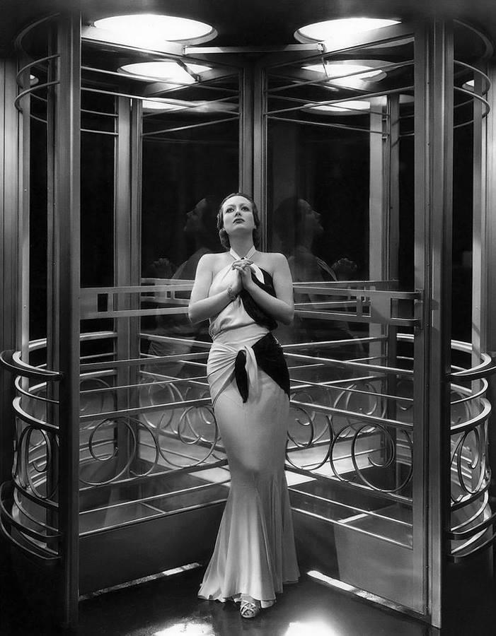 Joan Crawford Transporter (1023).jpg