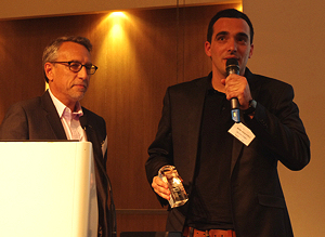 Benoit receives the award - source:  journaldunet