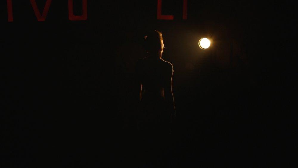 Evie May Grab 6.jpg