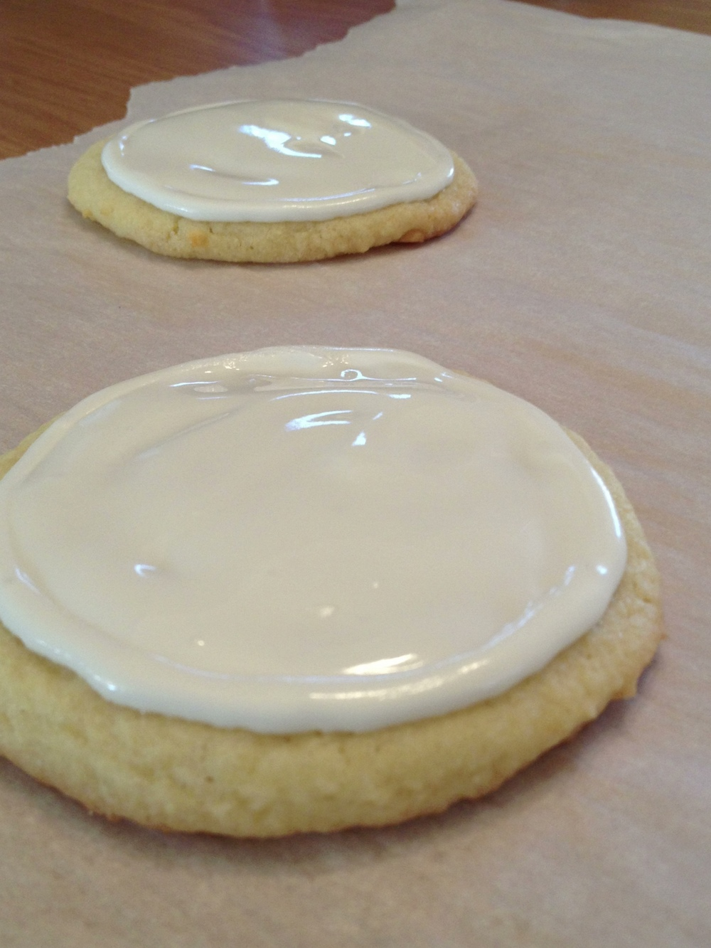 royal icing on  sugar cookie