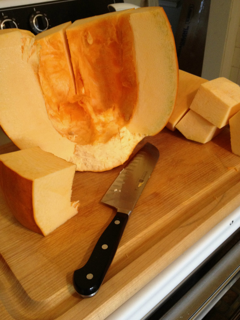 Pumpkin_sliced_cubes.jpg