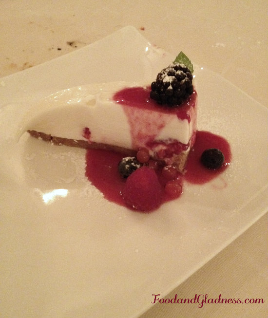 Italian cheese cake with berries