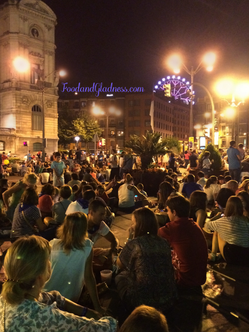 Waiting for the firework display during Aste Nagusia festival