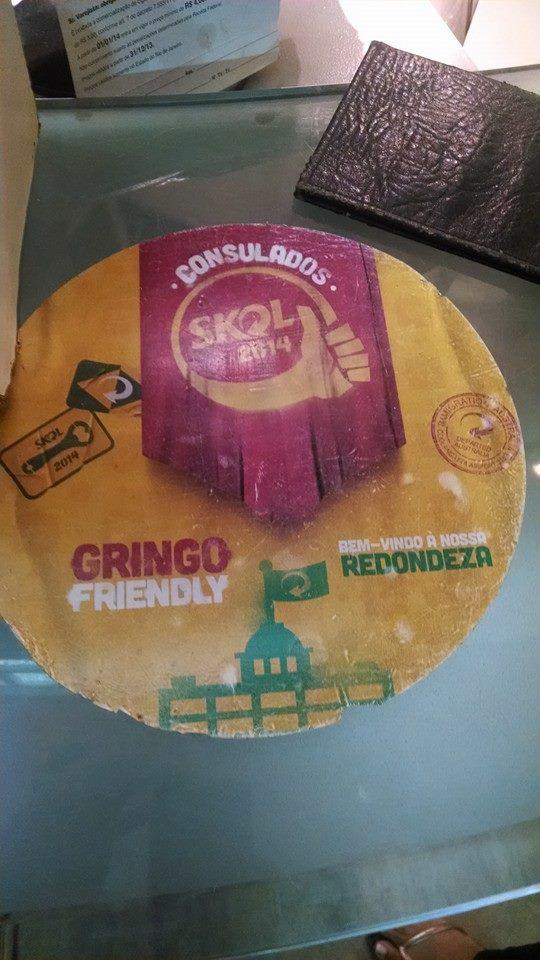 """Vários lugares no Rio ganharam o selo da Skol como local """"Gringo Friendly"""" mas o que será que isso queria dizer? Existiam mais locais assim?"""
