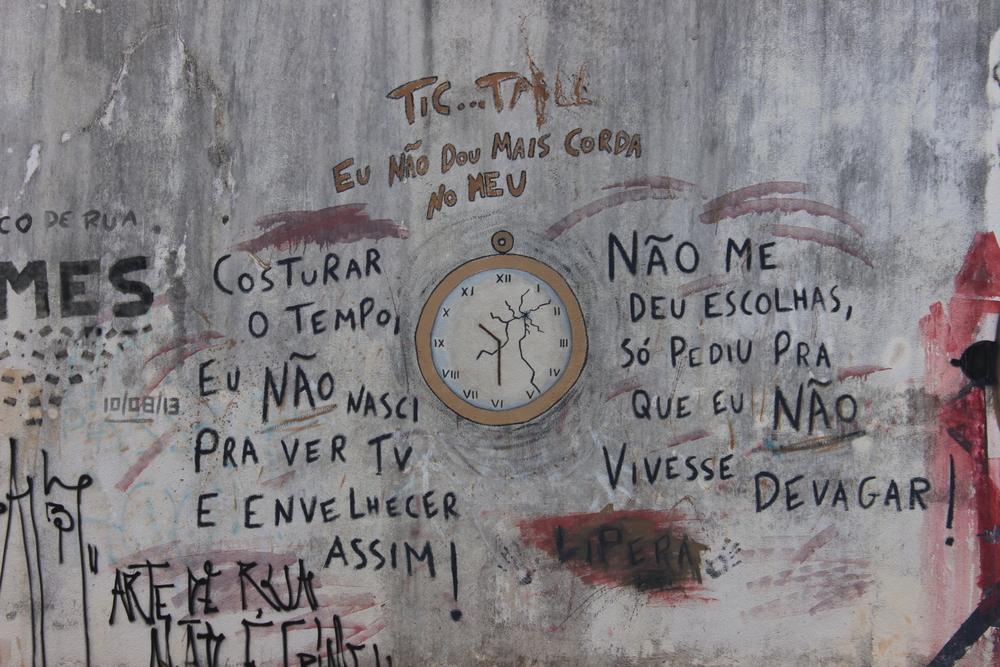Vivemos reclamando que não temos tempo, mas possuímos consciência de que estamos desperdiçando nosso tempo? Não ter tempo, pode ser o reflexo de uma vida em uma metrópole?