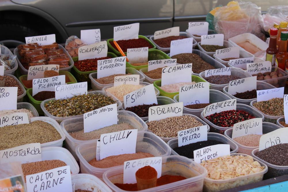 As comidas brasileiras refletem as diferenças regionais? Os nordestinos gostam de comida mais apimentada enquanto os sulistas preferem comida mais suave? É um estereótipo que já mudou?