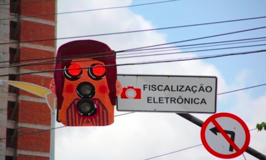 Artist Creates Masks For Traffic lights in Brazil — The