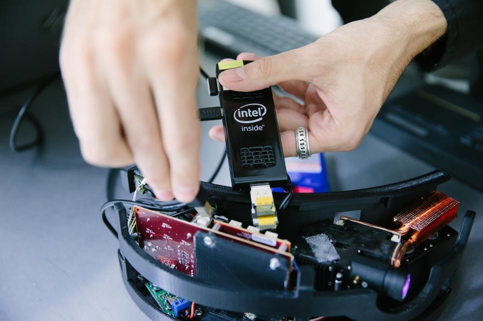 Intel-inside-1200x800.jpg