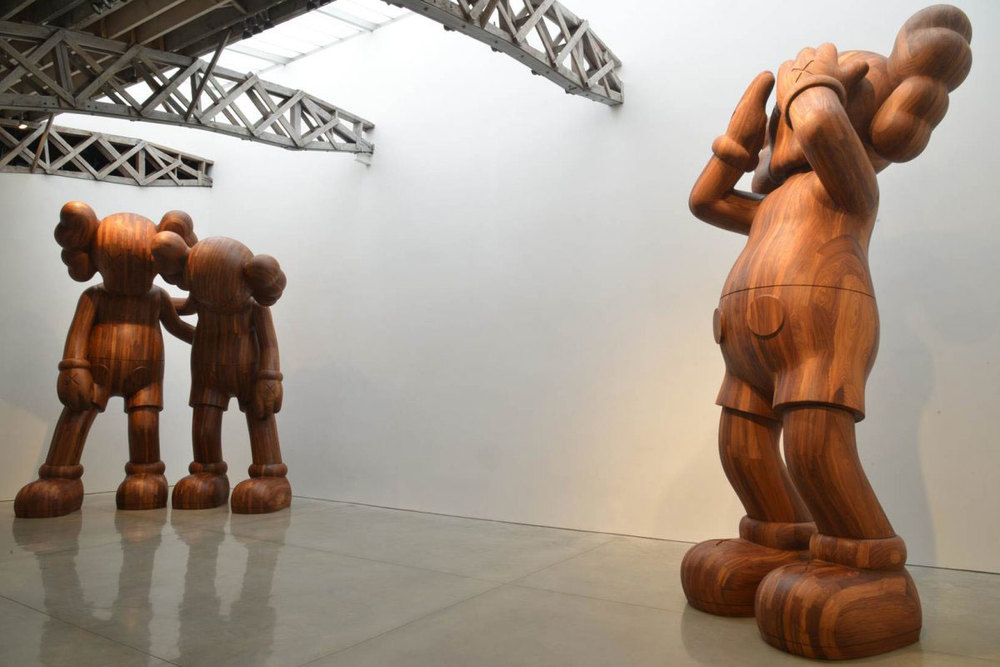 KAWS_Companion_sculptures_3.jpg