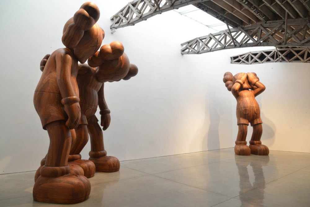 KAWS_Companion_sculptures_5.jpg