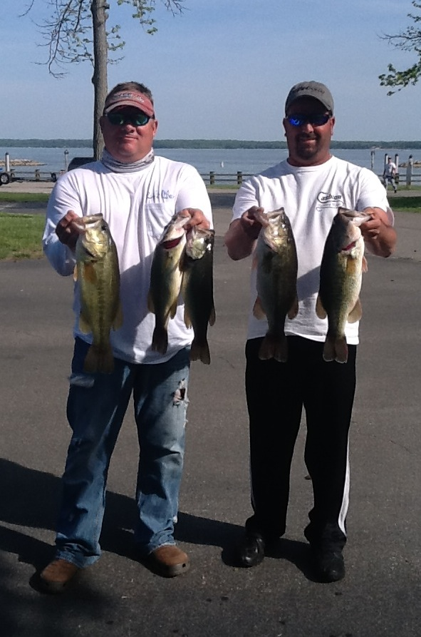 Daniel Golladay and Melvin Bowling Fourth Place 14.94 lbs