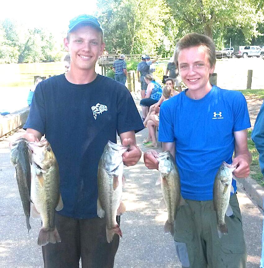 The Morris Brothers  9.34 lbs