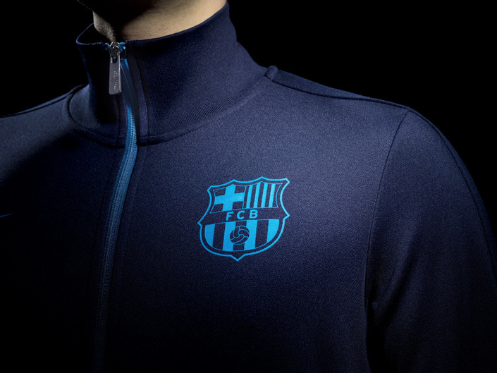 barcelona_home_n98_crest_original.jpg