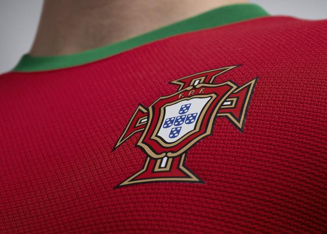 ntk_portugal_h_crest_r_large.jpg